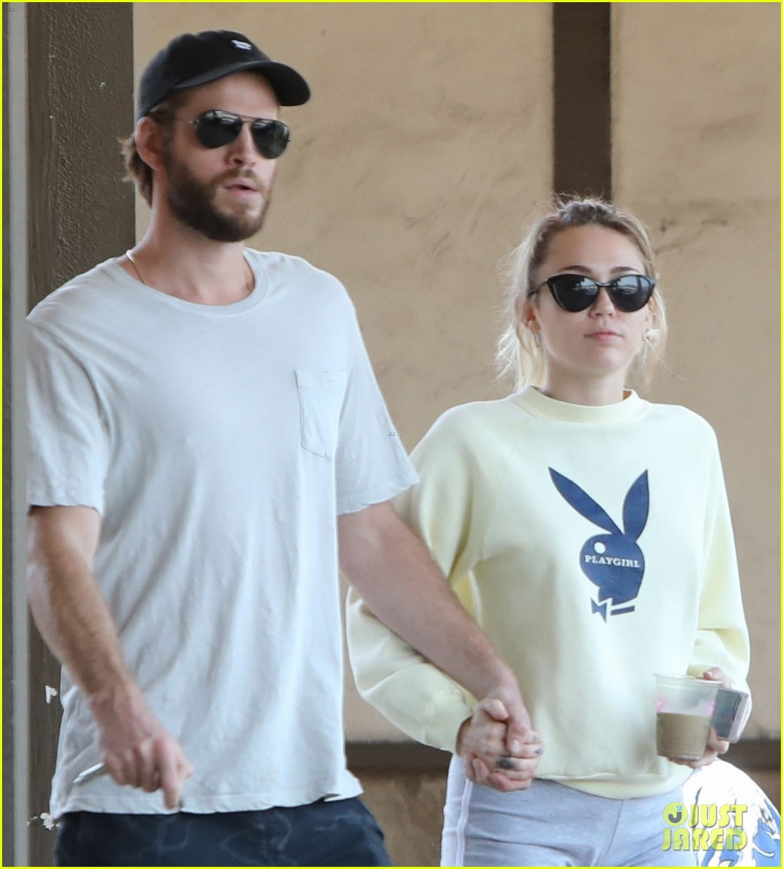 miley cyrus liam hemsworth hold hands for saturday morning date 043949605