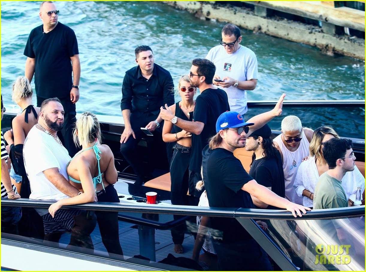 scott disick and sofia richie flaunt pda on a boat with friends2 423963022