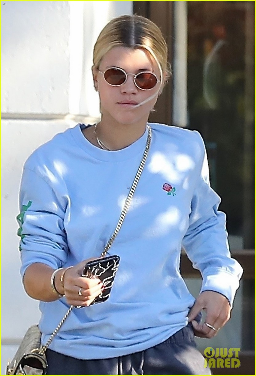 scott disick sofia richie step out for lunch date 023965057