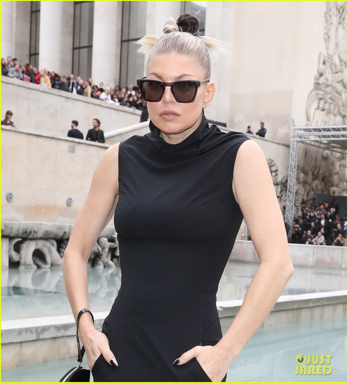 Meghan Mccain Fat: Fergie Wears A Dress With Pockets To Rick Owens' Paris
