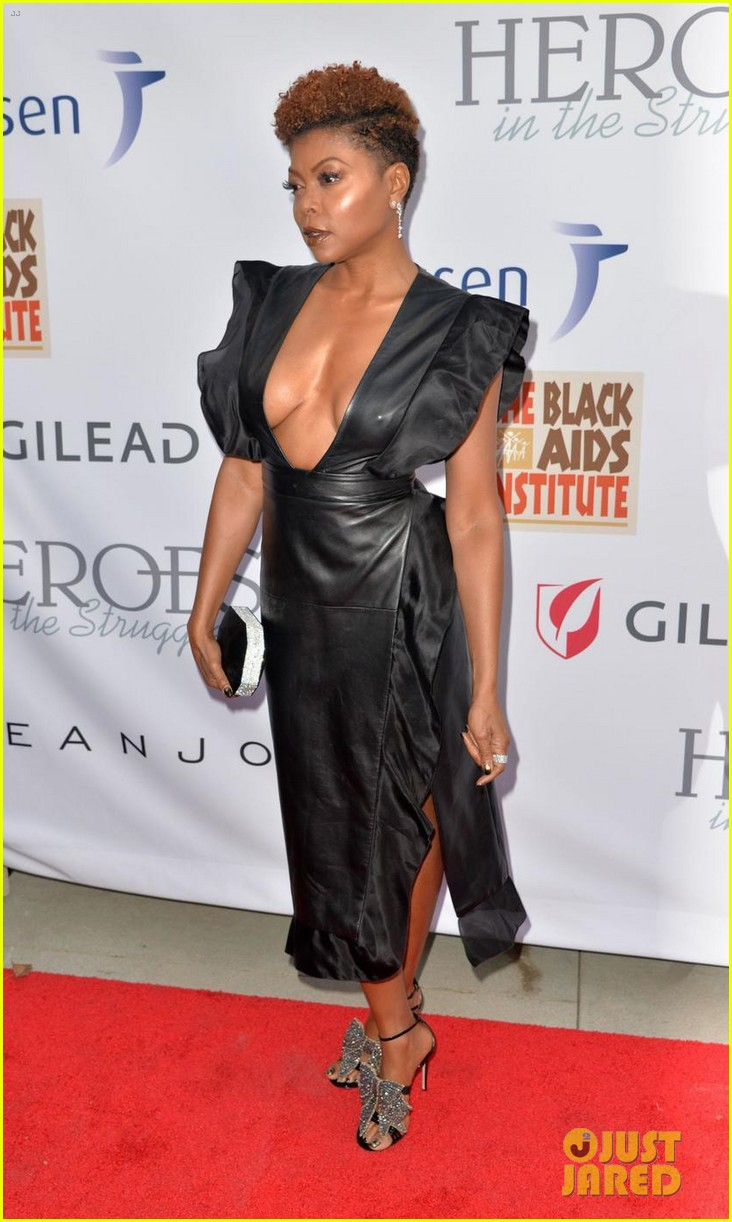 taraji p henson gets honored at heroes in the struggle awards 033960282