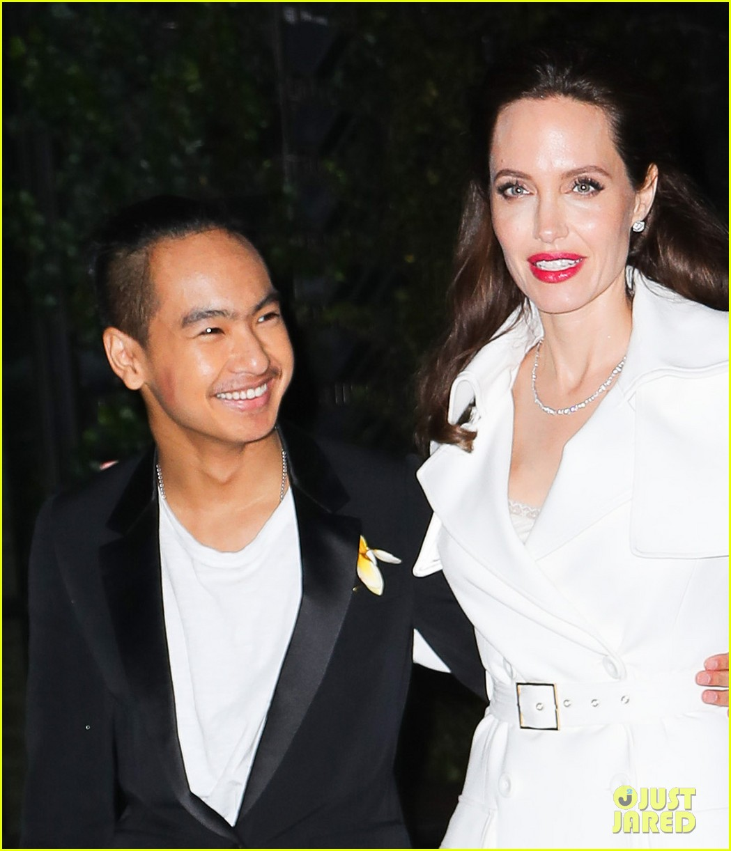 angelina jolies sons maddox pax join her at premiere party 01