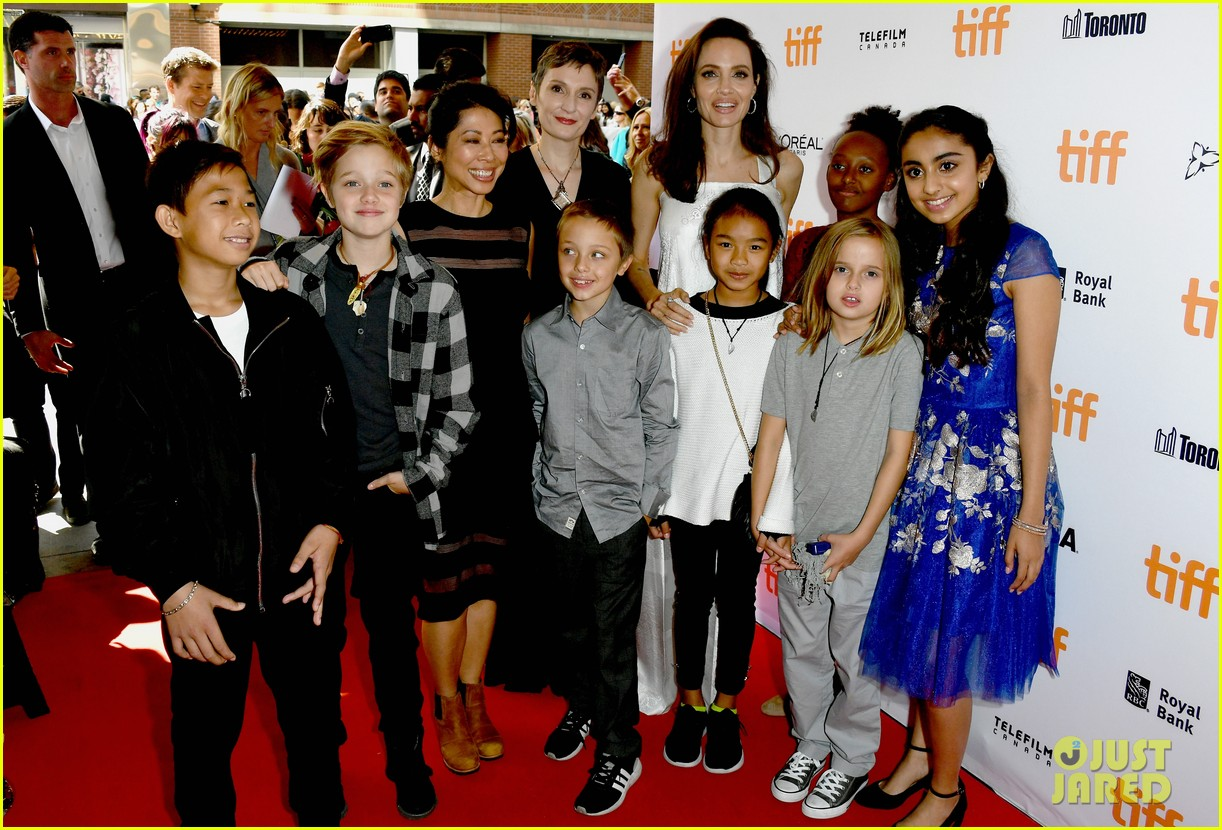 angelina jolie brings kids red carpet tiff 023954326