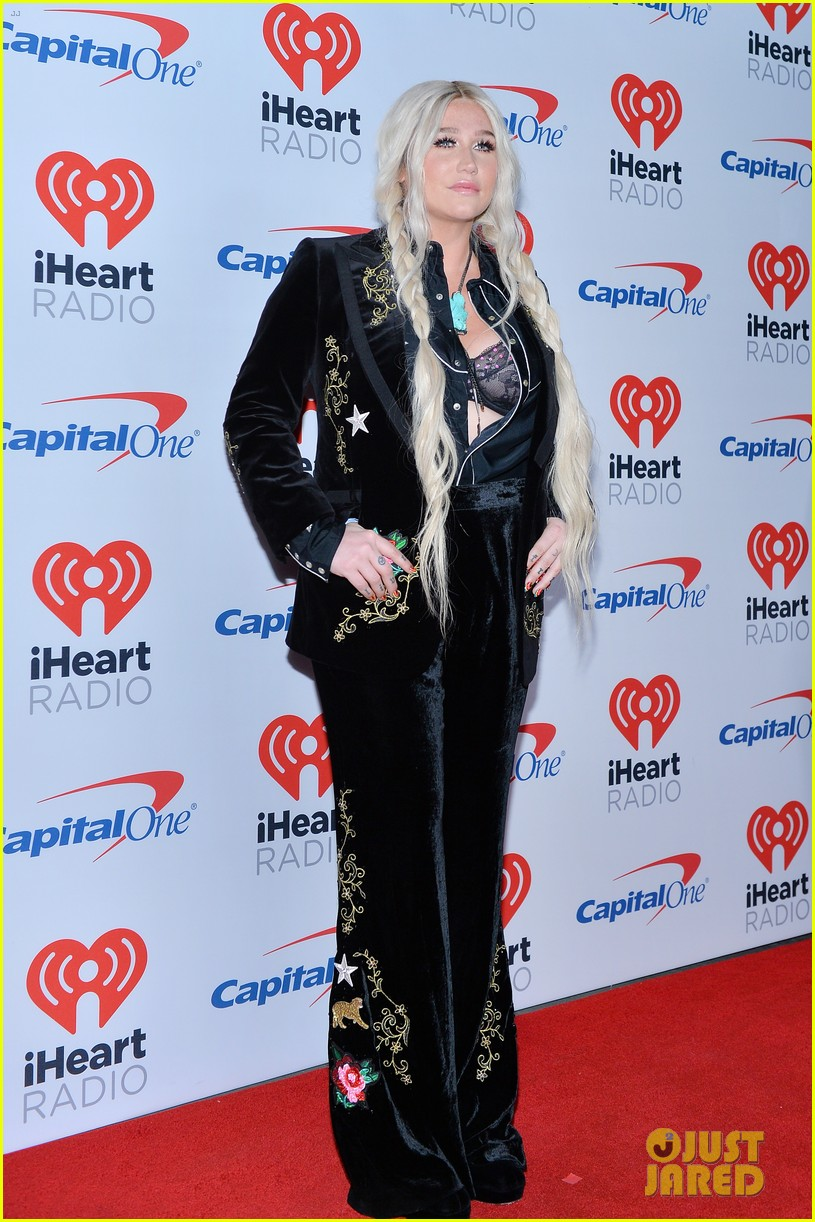 kesha has lots of surprises for iheartradio festival 053963090