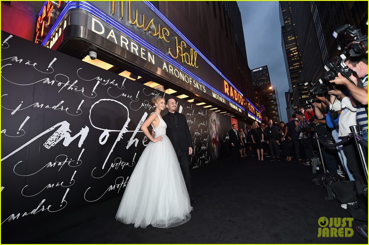 jennifer lawrence darren aronofsky mother nyc premiere 063956788
