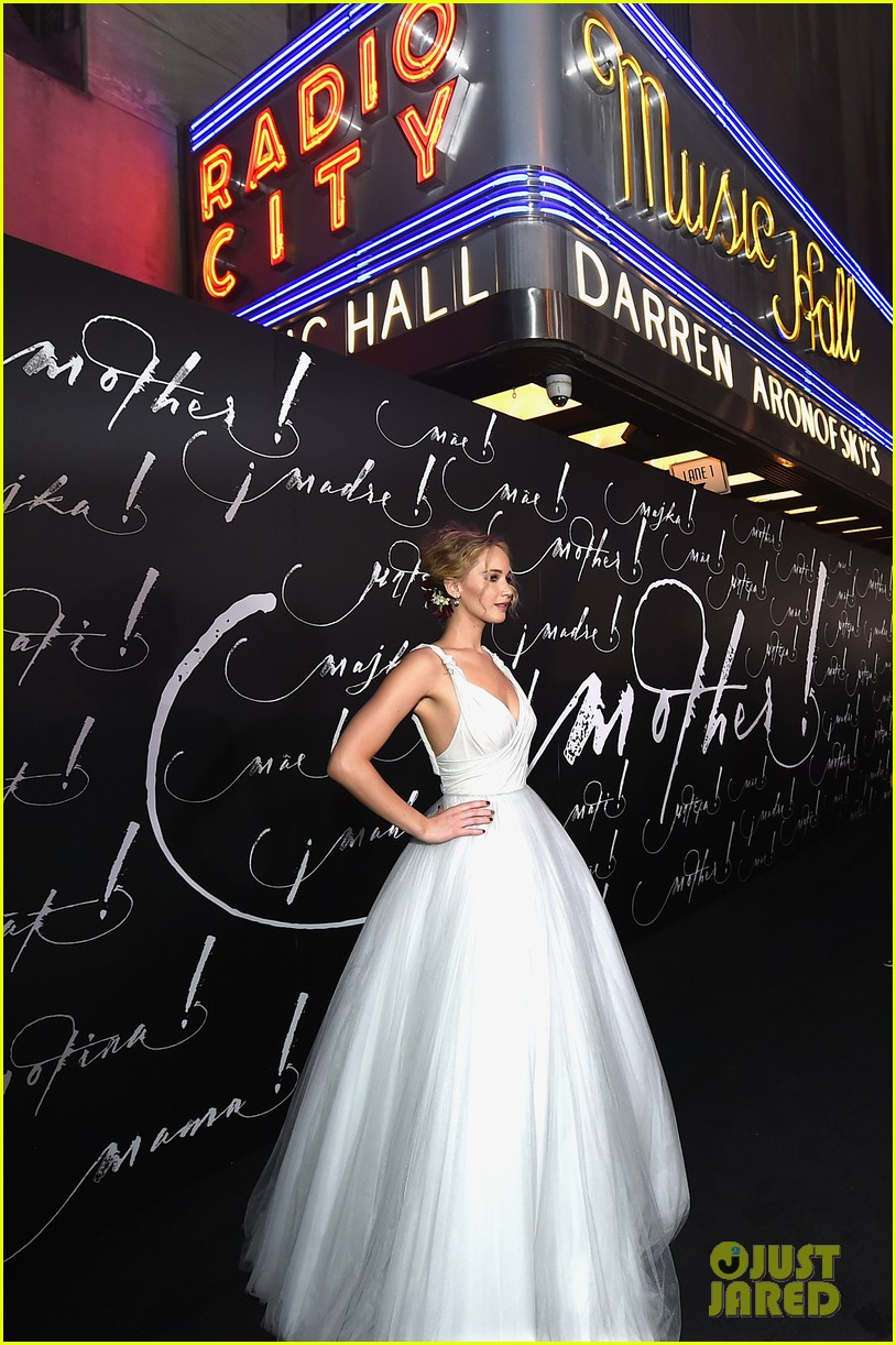 jennifer lawrence darren aronofsky mother nyc premiere 093956791