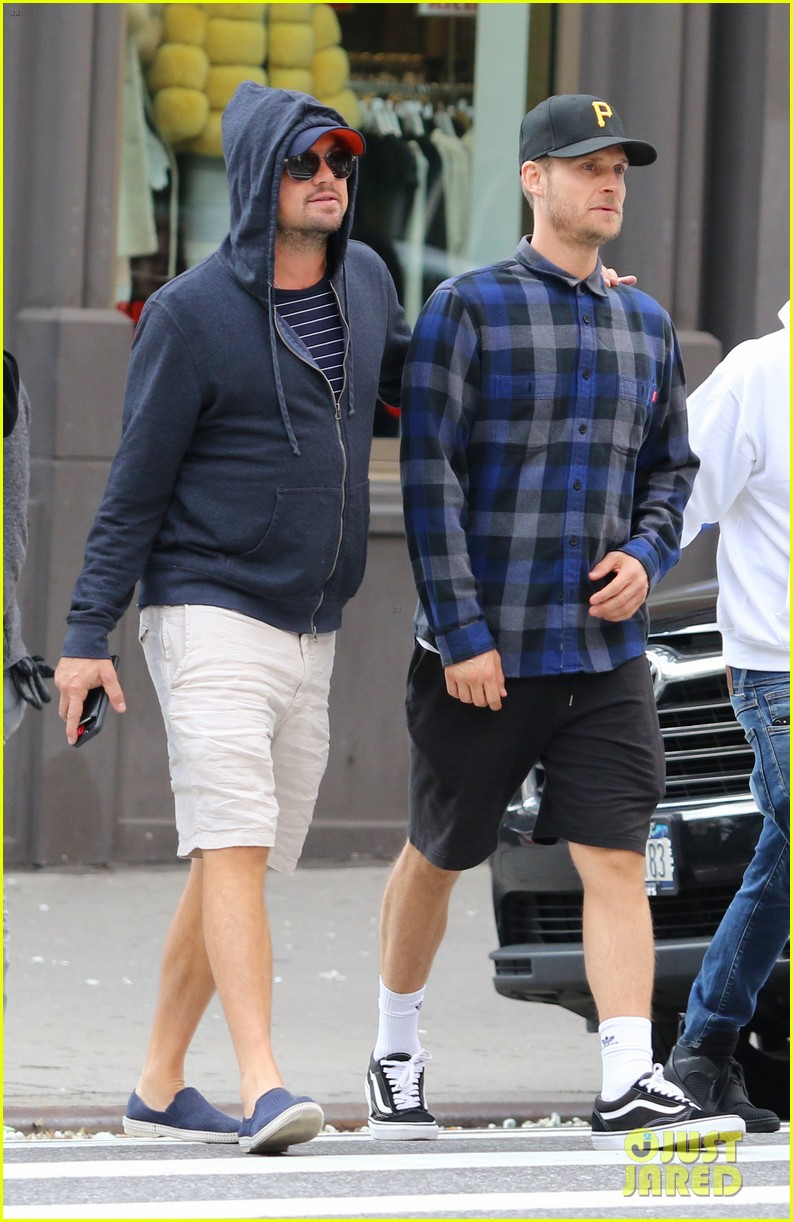 leonardo dicaprio busy weekend in new york city 033954675