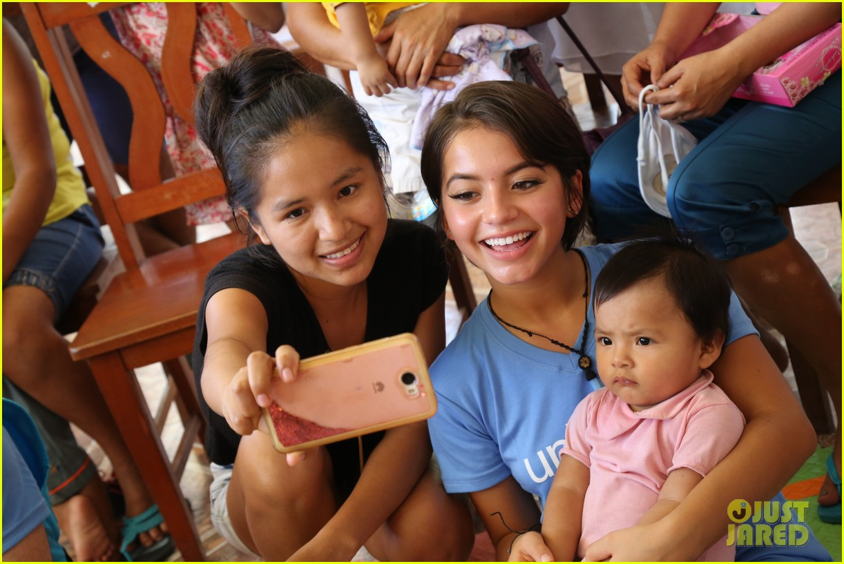 isabela moner humbled honored to be part of unicef peru experience 043949872