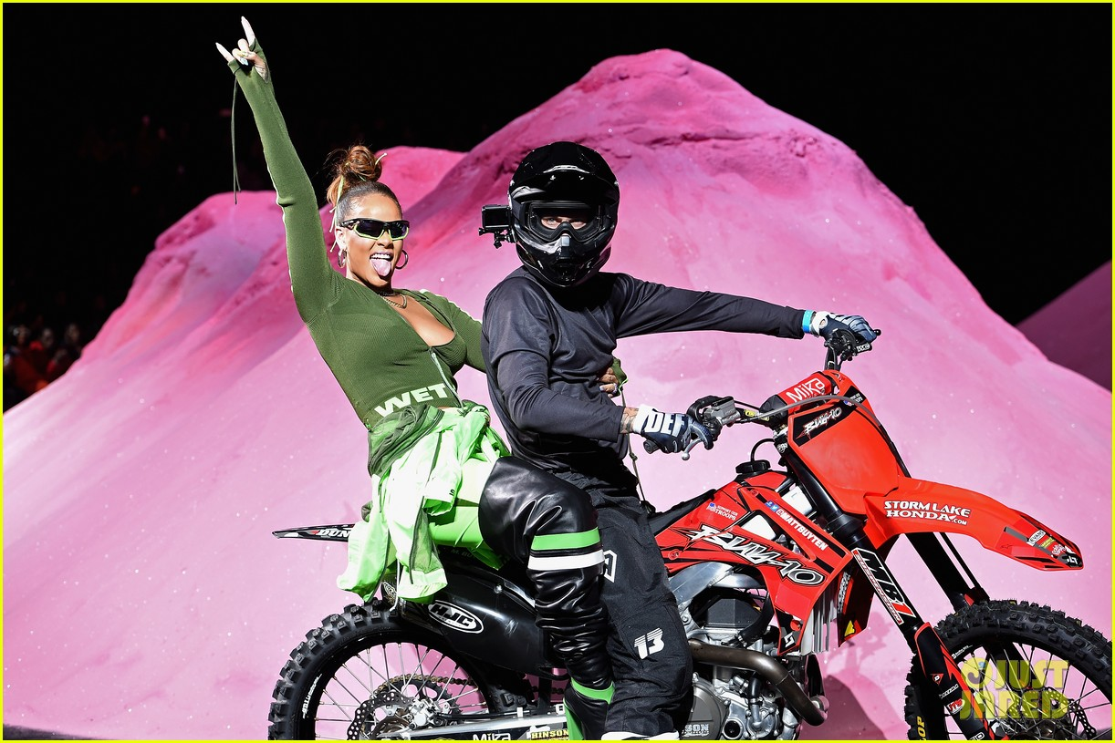 rihanna closes the fenty x puma fashion on a motorcycle 033954565