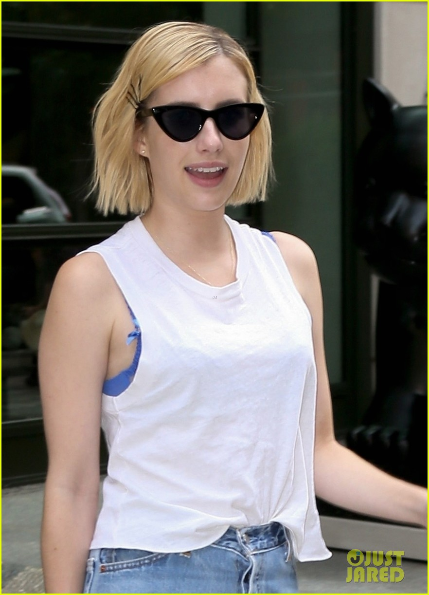 emma roberts enjoys some time off in nyc 043956777