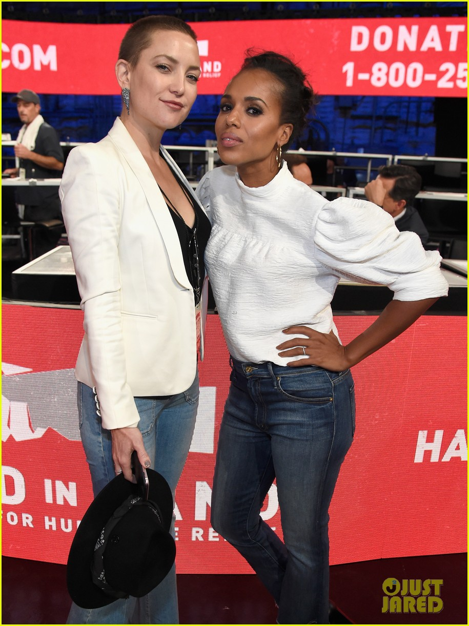 kerry washington kate hudson answer calls together at hand in hand 213956006