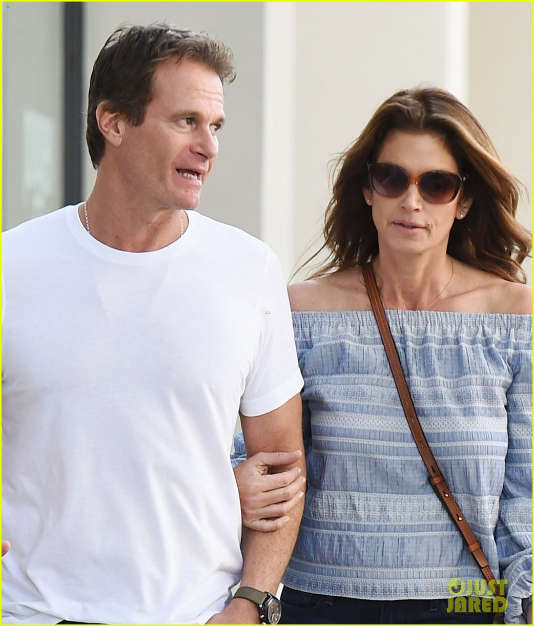 cindy crawford rande gerber couple up 043972631