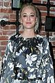 kaley cuoco attends much love animal celebrity fundraiser 08