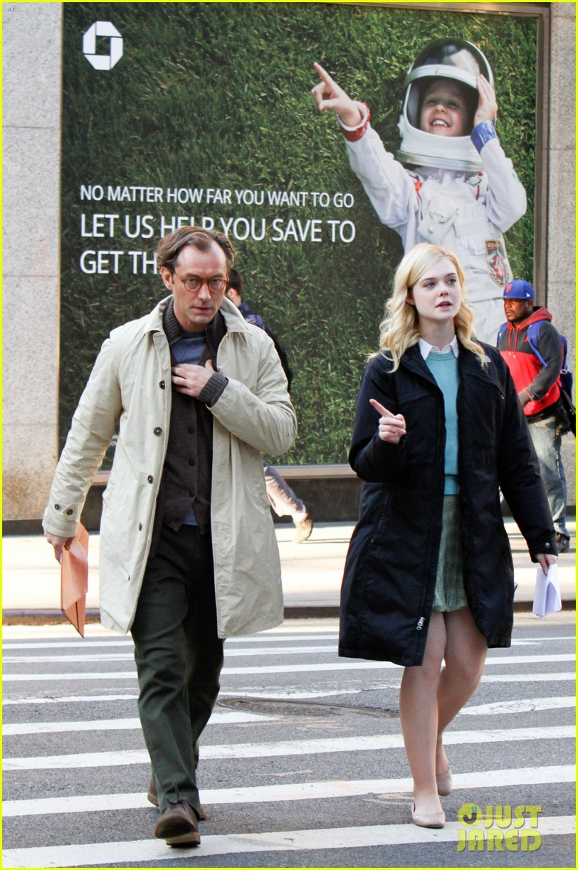 elle fanning jude law and rebecca hall film woody allen movie in nyc 043974725