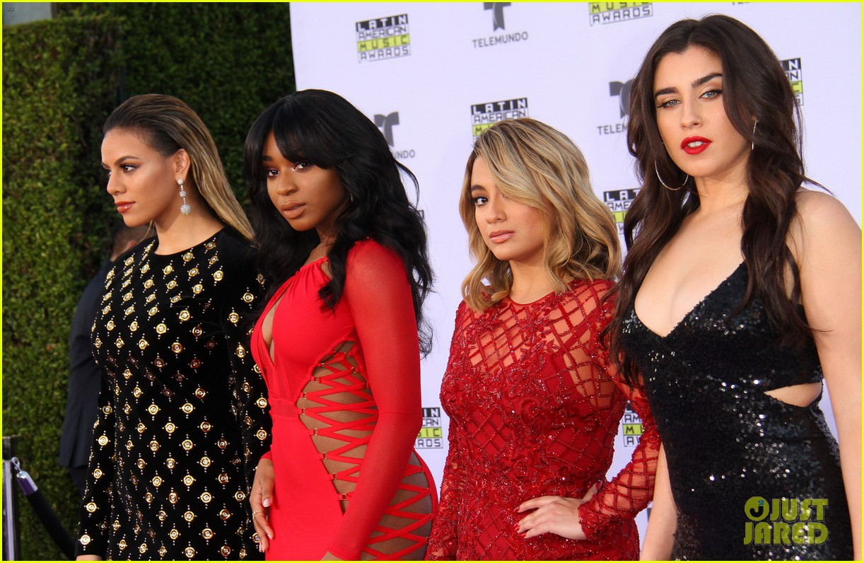 fifth harmony goes sexy for latin american music awards 2017 033978446