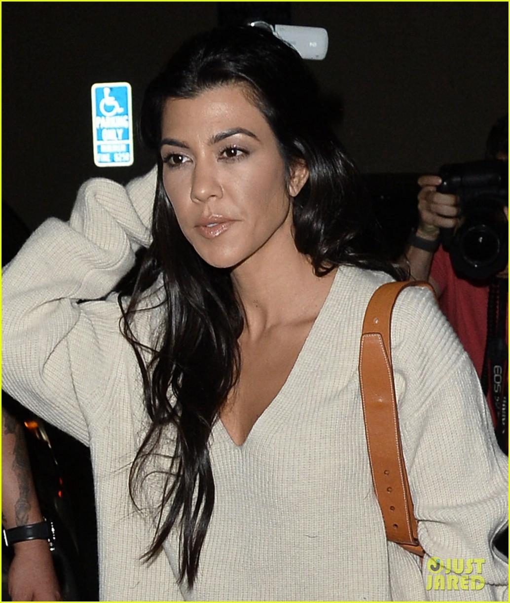 kim kardashian celebrates her birthday with husband kanye west 023978481