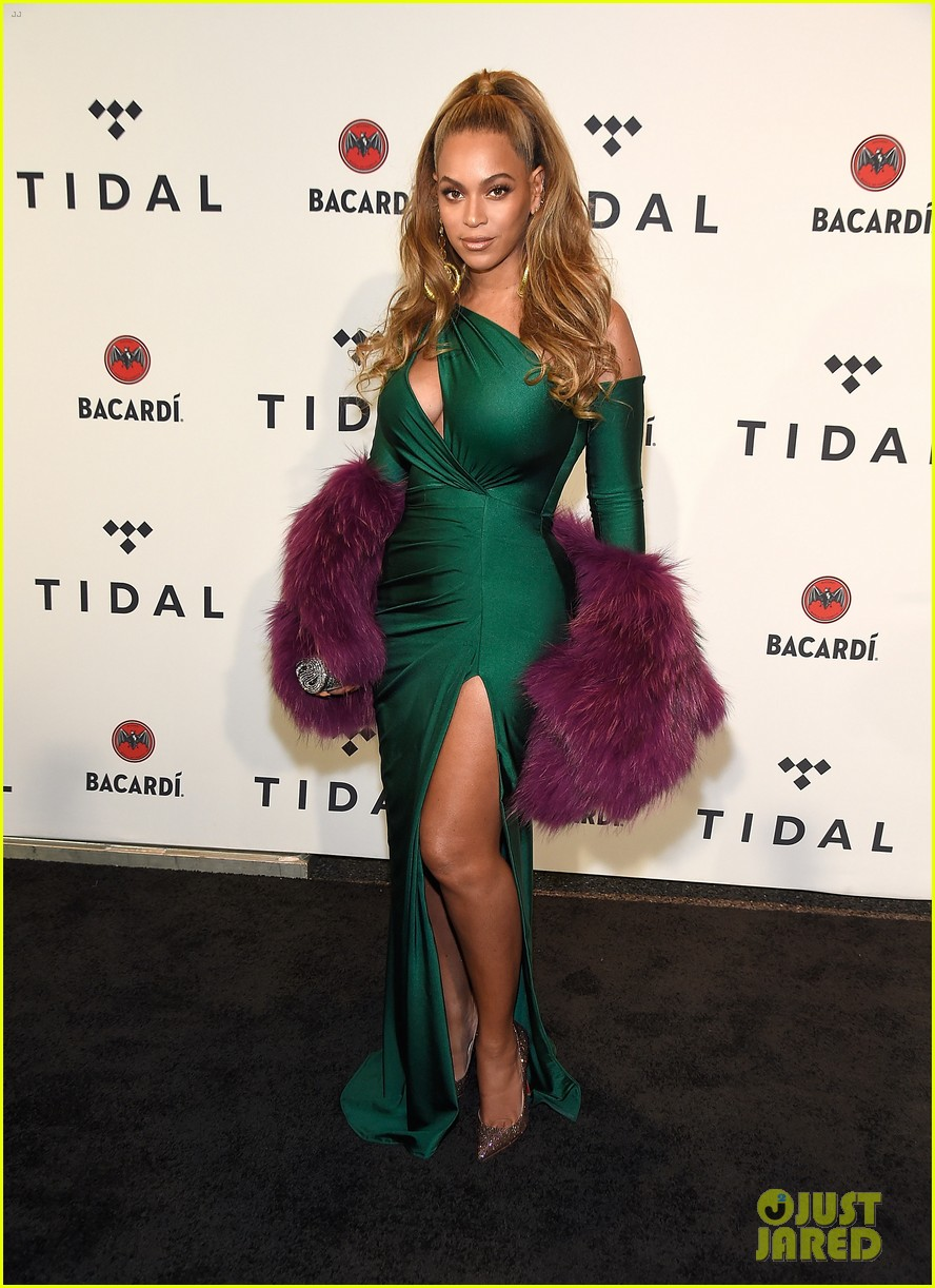 beyonce knowles goes glam for tidal brooklyn concert 043974388
