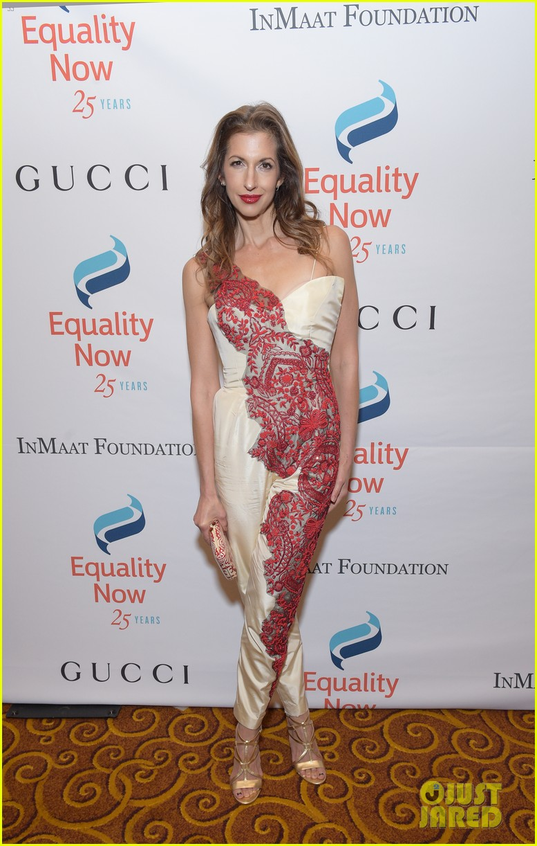 jennifer morrison haim make equality reality at 25th anniversary gala 033980105