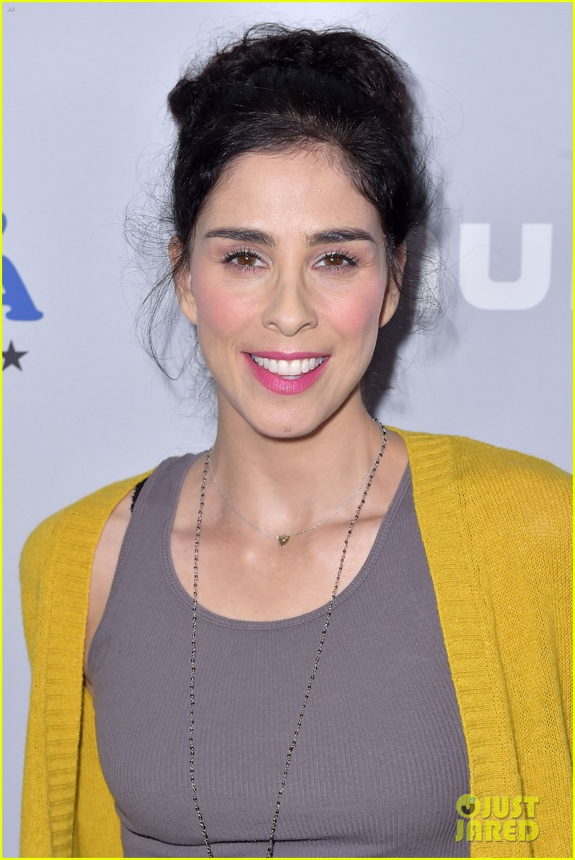 sarah silverman gets support from boyfriend michael sheen at i love you america 073971508