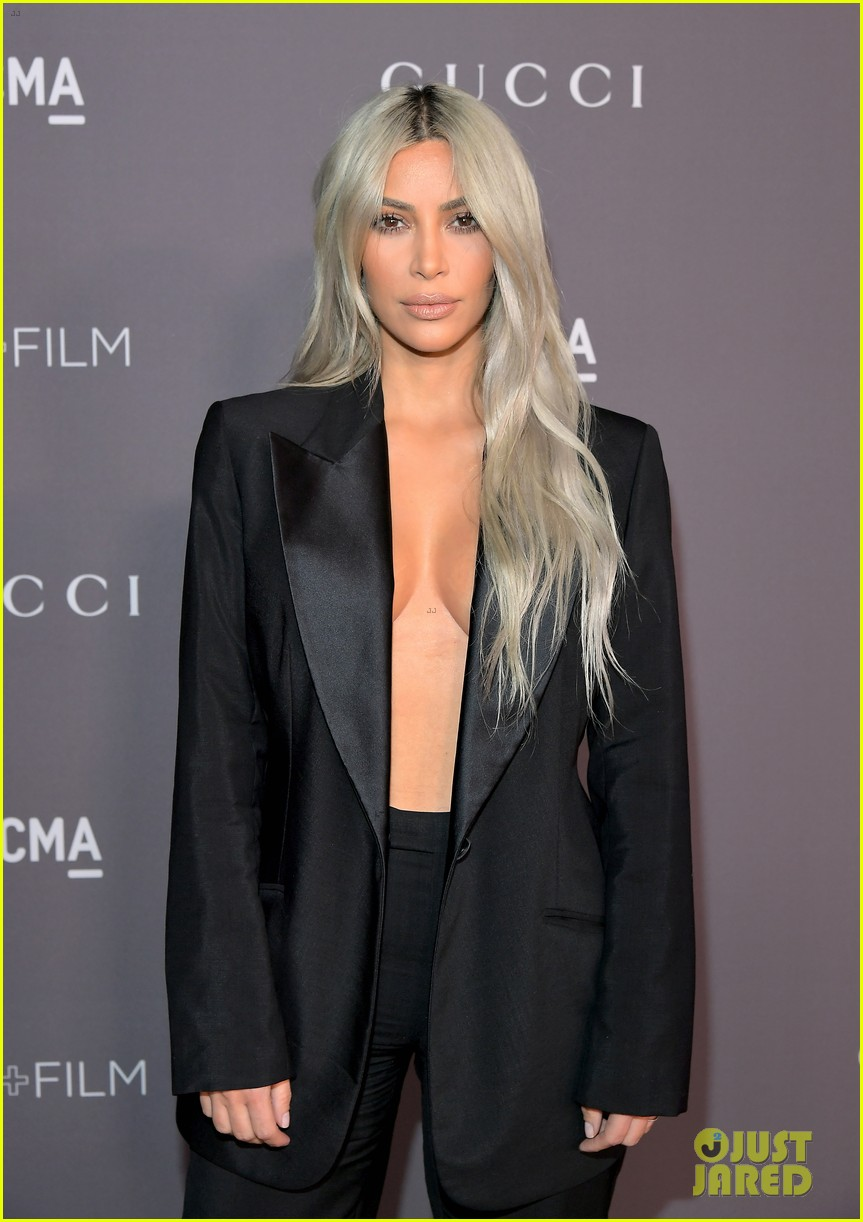 kim kardashian goes braless for lacma gala 013982407