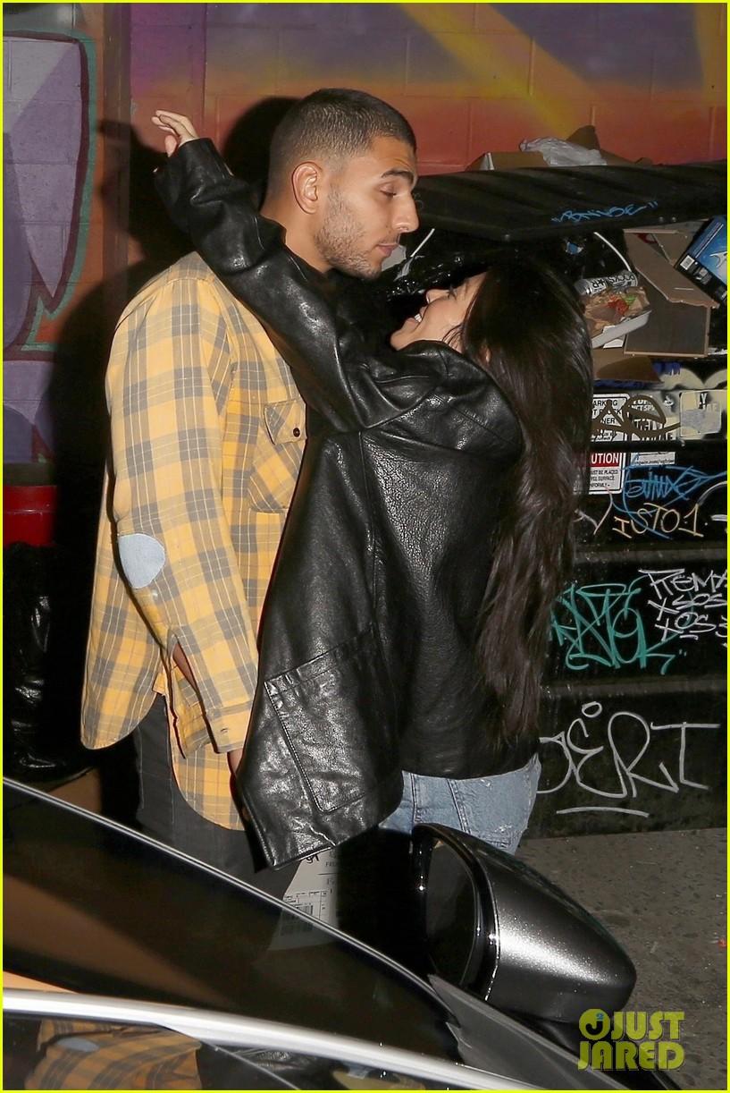 kourtney kardashian kiss younes bendjima 033981335