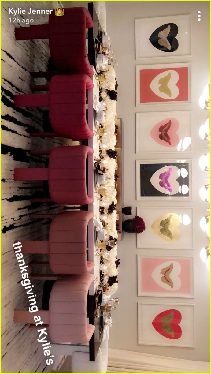 kylie jenner gives inside look at thanksgiving at her house 133992100
