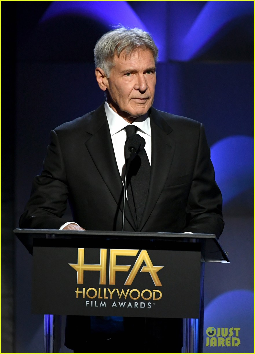gary oldman hollywood film awards 2017 013983040