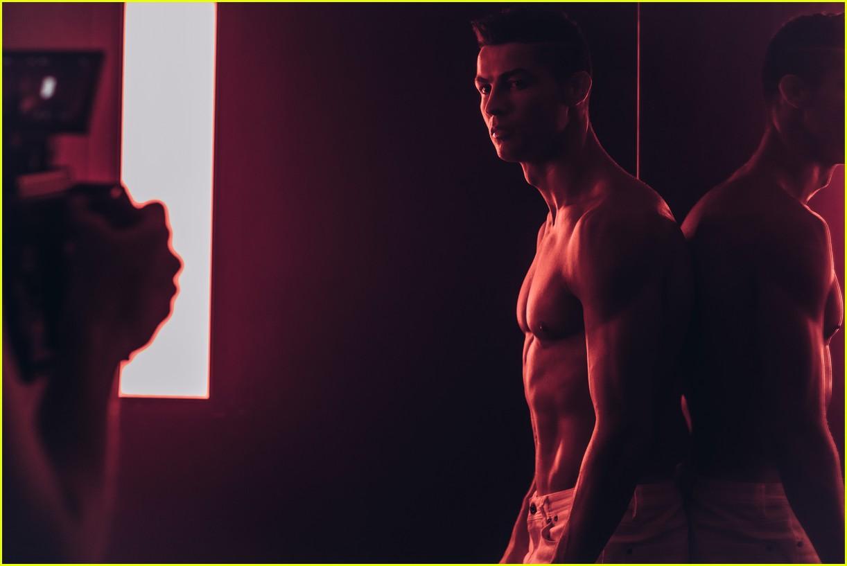 cristiano ronaldo looks so hot in new future of denim campaign 023991816
