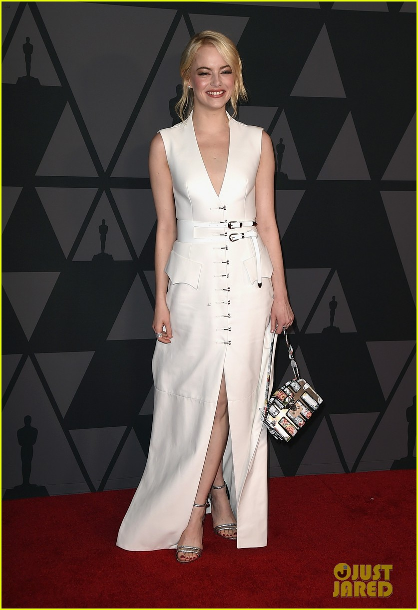 emma stone and jennifer lawrence look so chic at governors awards 2017 103985927