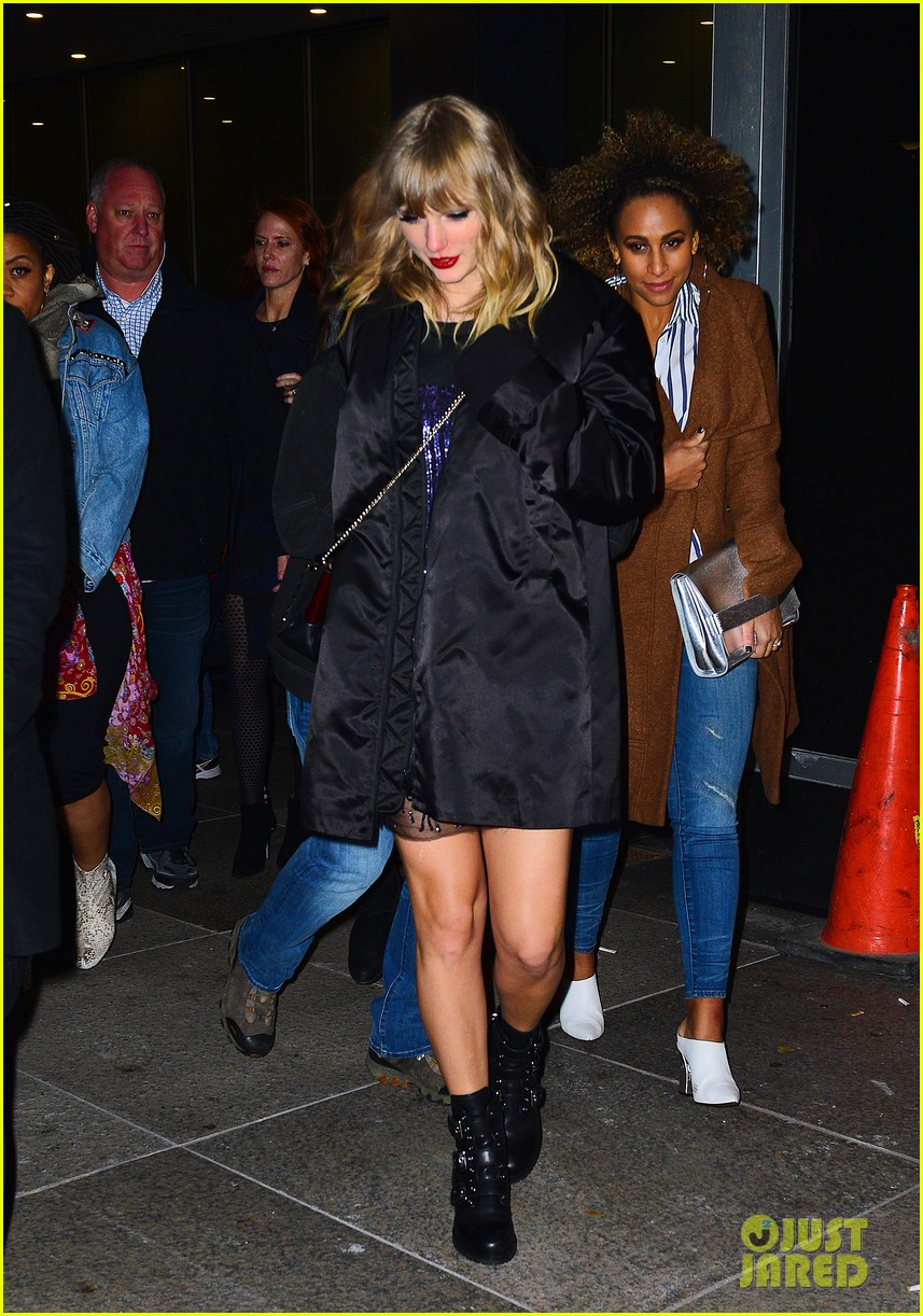Taylor Swift Heads To Snl After Party After Amazing