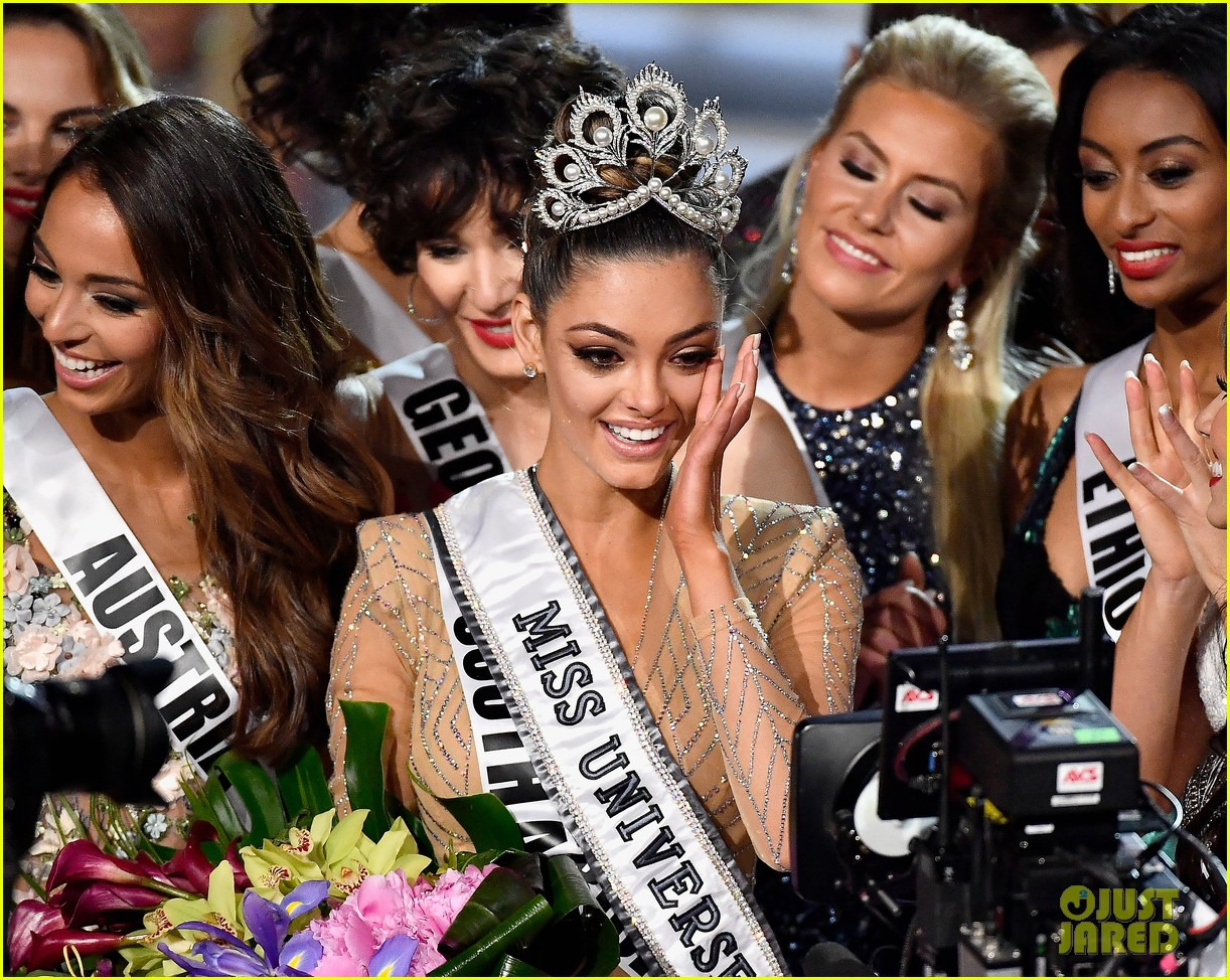 Is Demi Leigh Nel Peters White >> Who Won Miss Universe 2017? The Crown Goes To...: Photo 3992499 | 2017 Miss Universe, Demi-Leigh ...