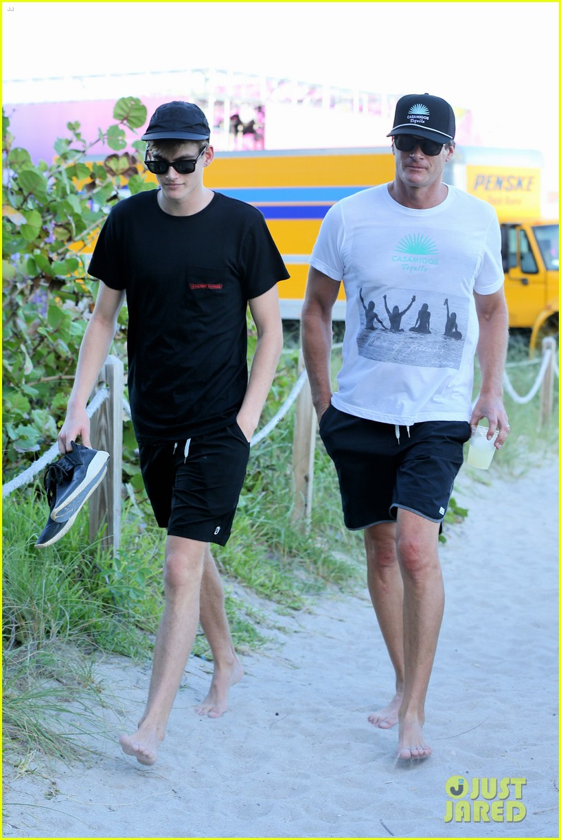 presley gerber dad rande gerber go shirtless in miami 033998089