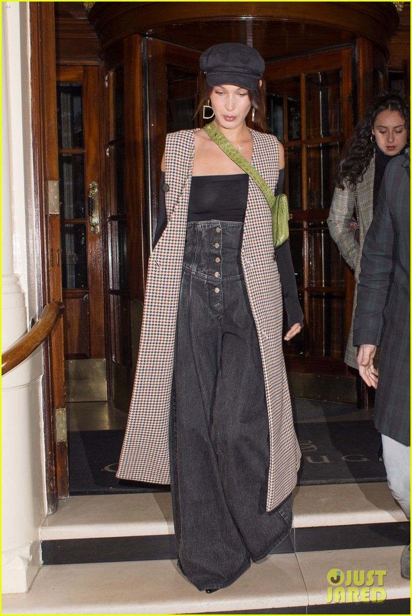 bella hadid grabs dinner with friends in london 103998375