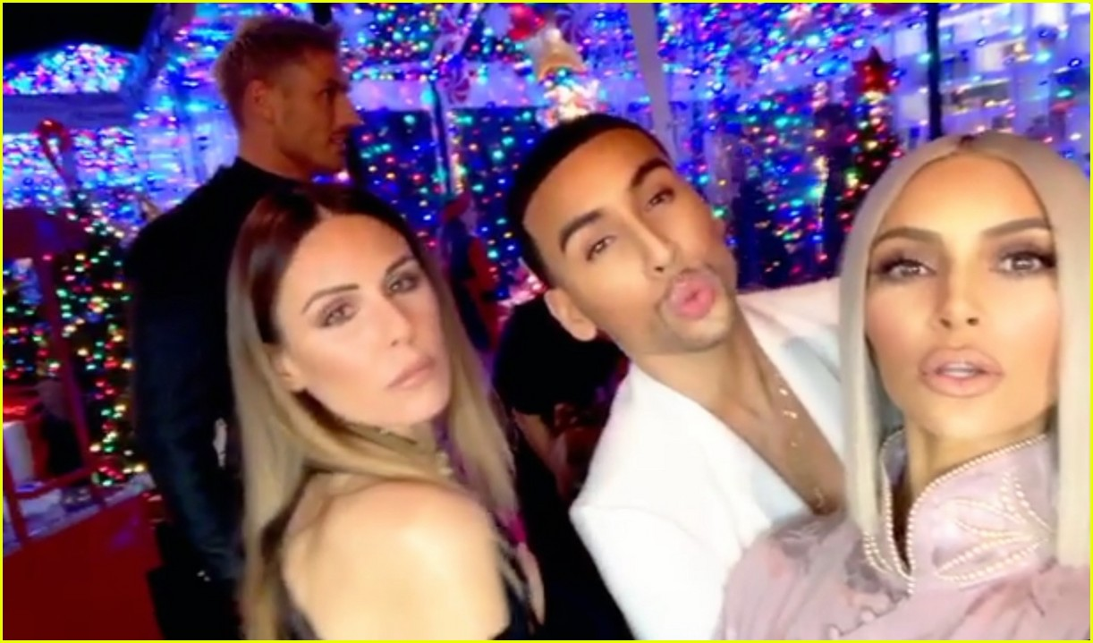 Kim Kardashian Hangs with Christina Aguilera at Christmas Eve Party ...