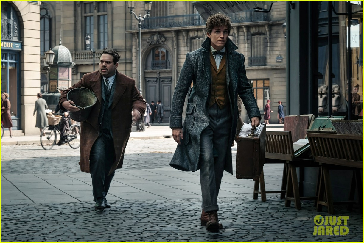 jude law johnny depp featured in new fantastic beasts the crimes of grindelwald images 034005618