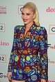 gwen stefani hosts listening party for her holiday album in la 07
