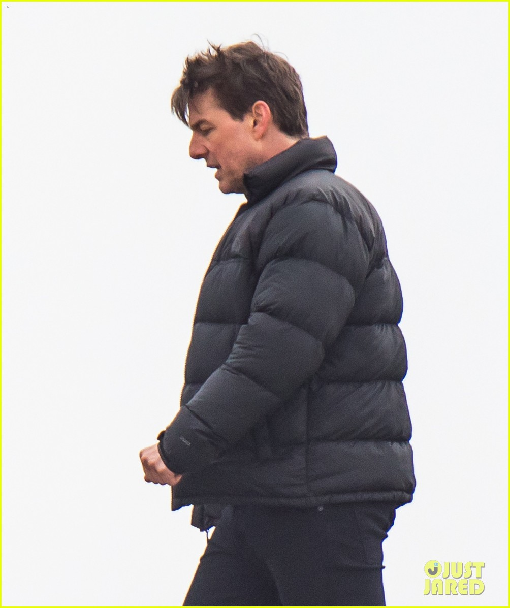 tom cruise resumes mission impossible 6 filming 024014109