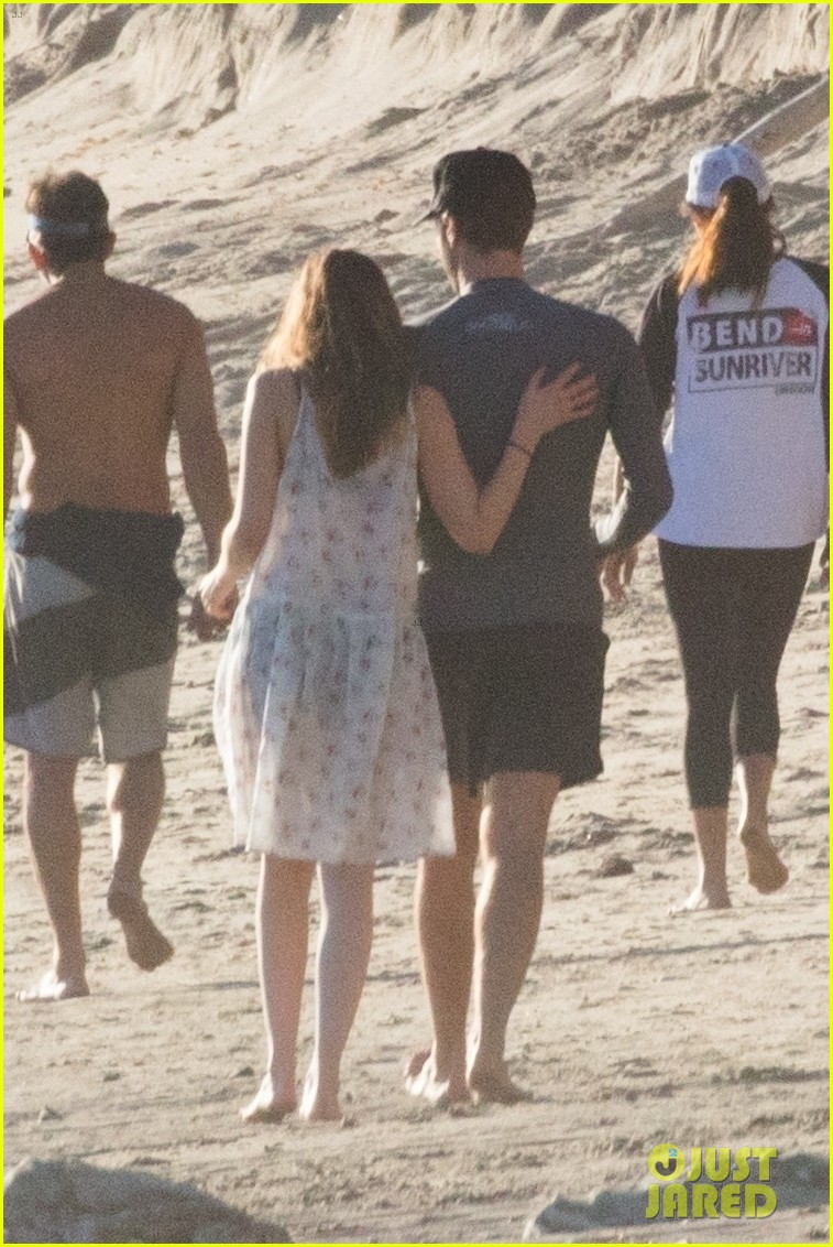 The Dakota Johnson & Chris Martin Beach Photos Are Here ...