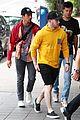 nick jonas meets up with brother joe in australia 25