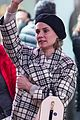 diane kruger treats her mom to a night on broadwa 02