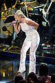 gabby barrett american idol 07