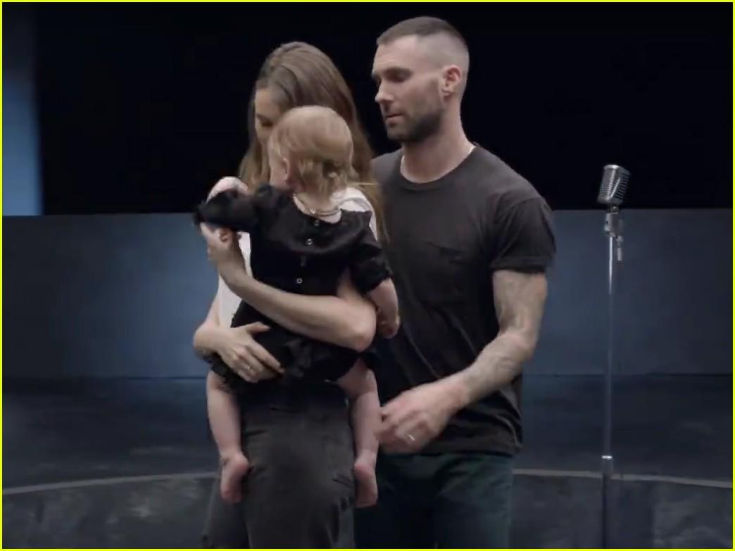 Maroon 5 Hairstyle: Adam Levine's Wife Behati Prinsloo & Daughter Dusty Rose