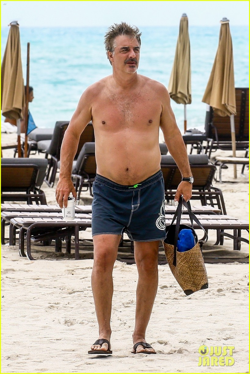 chris noth goes shirtless on the beach during miami vacation 01