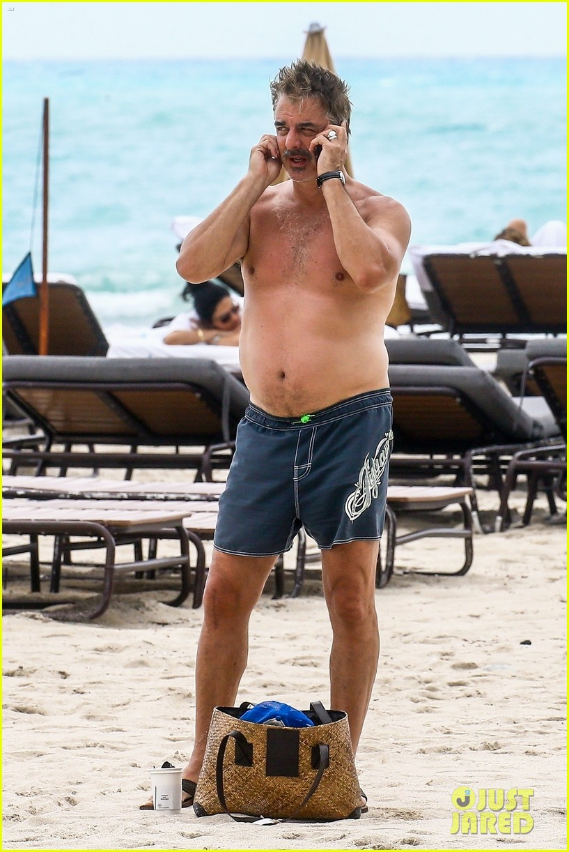 chris noth goes shirtless on the beach during miami vacation 05