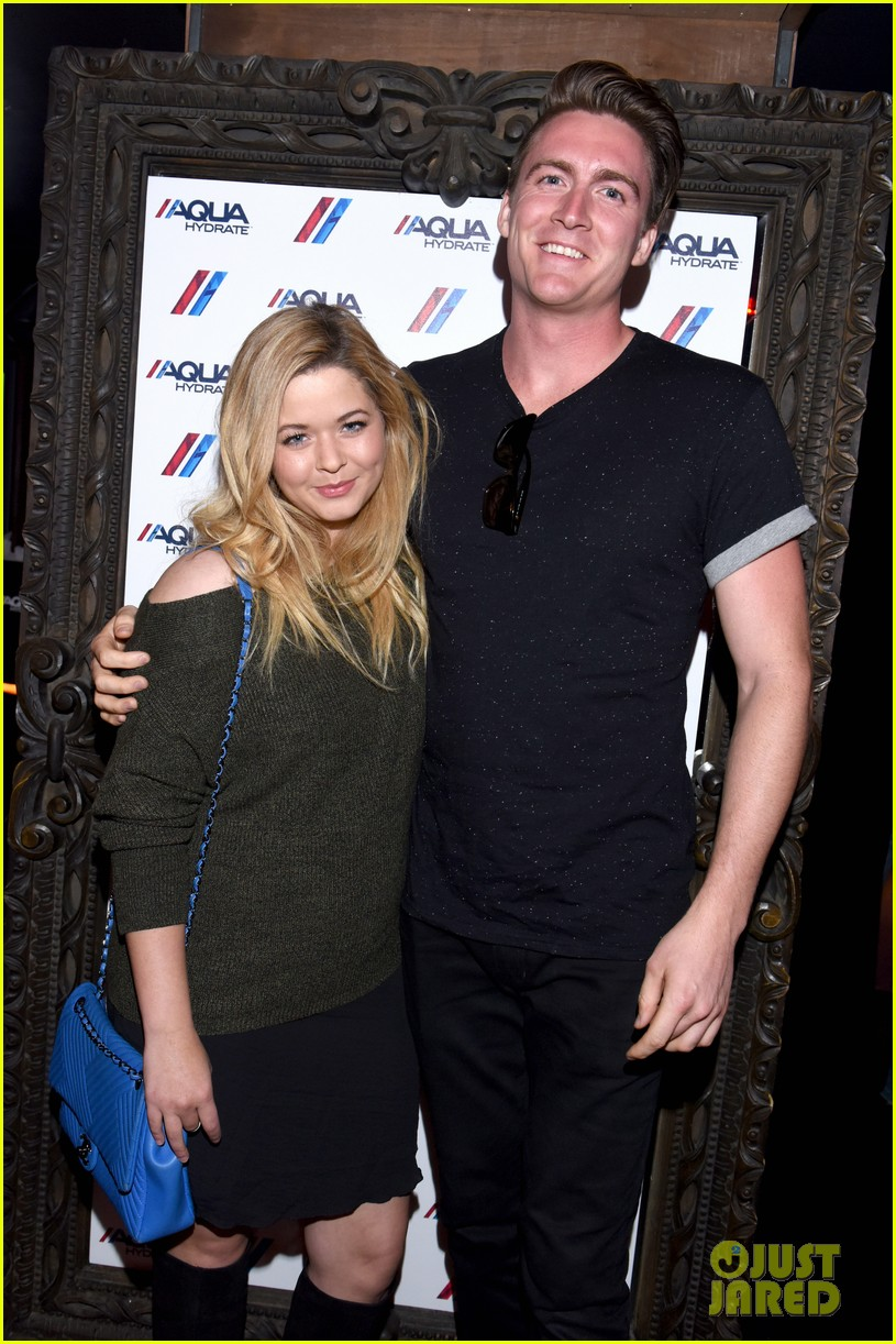 sasha pieterse marries hudson sheaffer in ireland 04