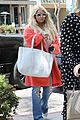 jessica simpson shows off her massive shoe collection 03