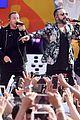 backstreet boys perform their hits on good morning america 05