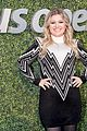 kelly clarkson kicks off us open i love opening for serena williams 05