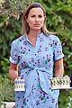 pregnant pippa middleton enjoys tea time with hubby james matthews in laws 02