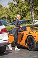 kylie jenner shows off new pink hair while jewelry shopping 35
